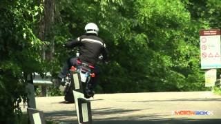 Guzzi California 1400 Custom vs Harley-Davidson Softail Breakout