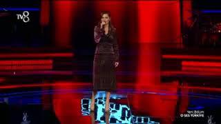 Yarışmanın kızını bütün jüriler sarılıp eğlendiler o ses Türkiye