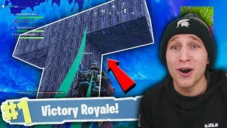 *EPIC* TEEN TITANS BASE IN FORTNITE BATTLE ROYALE!