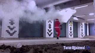 getlinkyoutube.com-Killer Clown vs Psycho Santa Top 7 public Attacks | Scare prank | Part 1