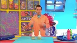 getlinkyoutube.com-Spray Paint Picture Make! | Mister Maker