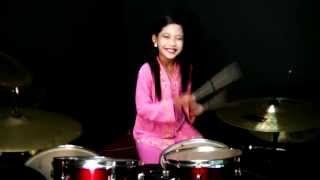getlinkyoutube.com-Jeffrydin - Mas Mona - Drum Cover by Nur Amira Syahira