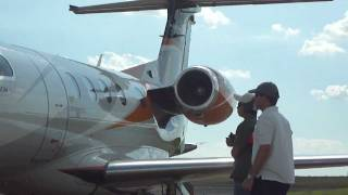 getlinkyoutube.com-Embraer Pilot's Day - Phenom 300 Low Pass and Shutdown