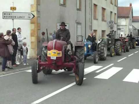 Vieux tracteurs  Randonnée  en Saône et Loire