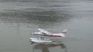 getlinkyoutube.com-Lanyu Cessna with Floats Epic Crash in River