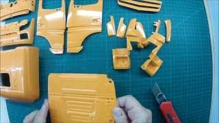 getlinkyoutube.com-Baubericht Actros Gigaspace Sattelzugmaschine 6x6  Heute: Unboxing Teil 2