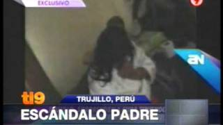 getlinkyoutube.com-Marido filma a su mujer cuando mantenía relaciones con el cura del lugar