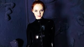getlinkyoutube.com-Anna in black catsuit