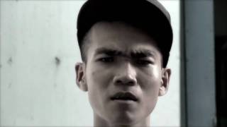getlinkyoutube.com-Khu Tao Song -Wowy+Karik (OFFICIAL VIDEO HD) ©SouthGanz 2010