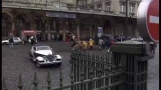 getlinkyoutube.com-Cruella De Vil driving