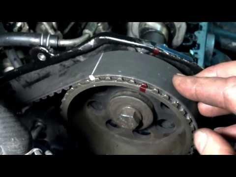 Nissan Bluebird 2.0 D Установочные метки ремня ГРМ