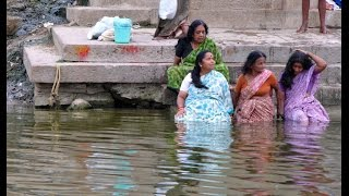 getlinkyoutube.com-Gangotri ganga Snan
