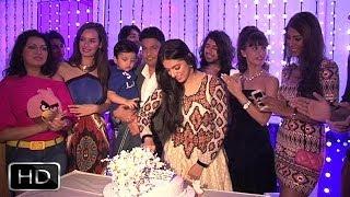 getlinkyoutube.com-Divya Khosla Kumar's Rocking Birthday Party