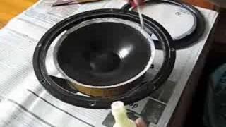 getlinkyoutube.com-Refoaming an 8 inch woofer