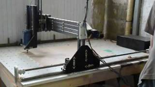getlinkyoutube.com-Home made Cnc router mill     Hobbycnc Emc2     first works!