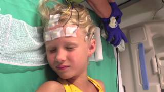 getlinkyoutube.com-Ambulatory EEG setup at Nemours Childrens Hospital