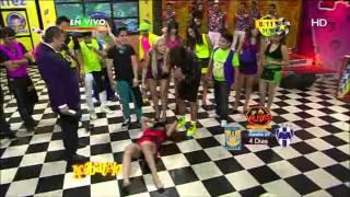getlinkyoutube.com-Gaby Ramírez se cae