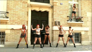 getlinkyoutube.com-Femen Protesters Demonstrate Topless in Paris