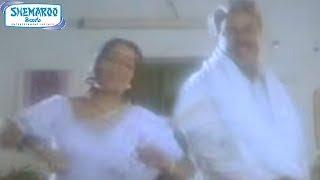 getlinkyoutube.com-Joker Mama Super Alludu Telugu Movie | Aapi Aapi Pedithe Song | Brahmanandam