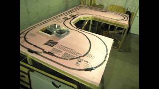 getlinkyoutube.com-Ho Train Layout: Foam Down, Track Preparation.