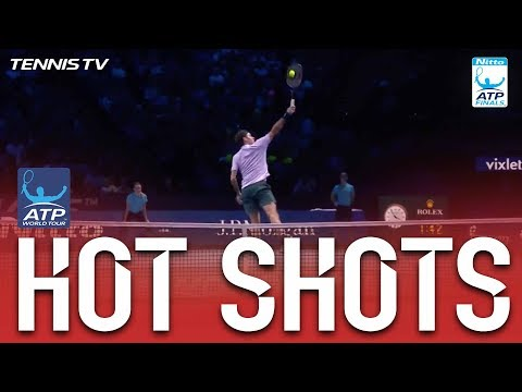Hot Shot: Federer Swats A Lob Away Nitto ATP Finals 2017 Round Robin