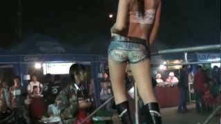 getlinkyoutube.com-Thai Coyote Dancers