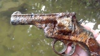 getlinkyoutube.com-Metal Detecting Three Guns In One Day!