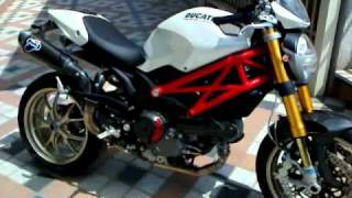 getlinkyoutube.com-Ducati Monster 1100S full termignoni exhaust