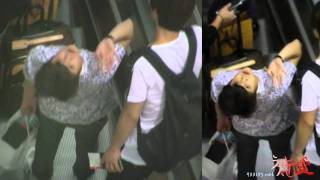 getlinkyoutube.com-[Fancam] 110918 BEAST Yoseob @ Incheon Airport to Spain