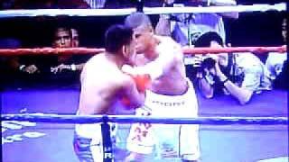 Juan Manuel Lopez vs Olivier Lontchi