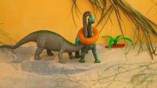 getlinkyoutube.com-Динозавры в ловушке. Мультфильм. Игрушки