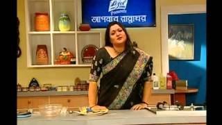 getlinkyoutube.com-Alpana Habib's Recipe: Gajorer (Carrot) Halua