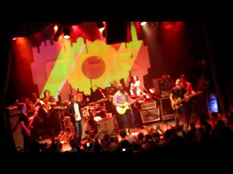 Cris Cab & Wyclef Jean With O.A.R. - Crazy Game Of Poker/No Woman, No Cry - The Neptunes #1 fan site, all about Pharrell Williams and Chad Hugo