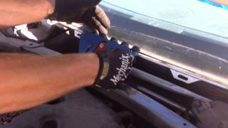 getlinkyoutube.com-2005 Chrysler 300 windshield setup and pull with the Rolladeck System