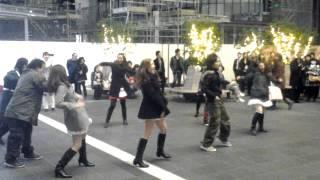 getlinkyoutube.com-大阪ステーションシティ クリスマスパフォーマンス