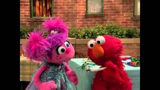 getlinkyoutube.com-Elmo and Abby Birthday Fun