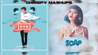 getlinkyoutube.com-Troye Sivan & Melanie Martinez - Fun / Soap Mashup