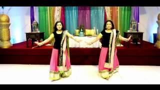 getlinkyoutube.com-Aidhan Films, - Amazing Mehndi Dance Performance - Bride Entrance