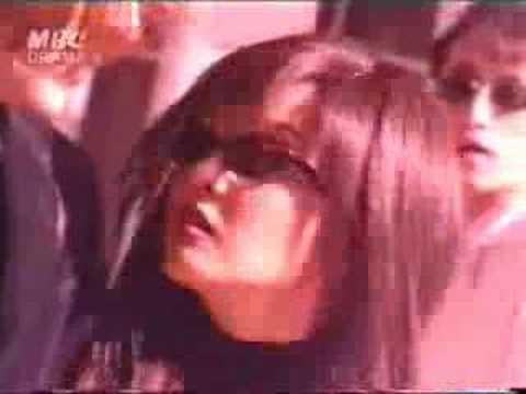 """Viendo el video """"Un Deseo En Las Estrellas"""" MP3 Gratis"""