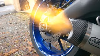 getlinkyoutube.com-Arrow Thunder Unboxing/Installation/Sound [Yamaha MT-09] WARNING : EPIC