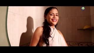 Boob show in bhojpuri song