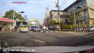 getlinkyoutube.com-รวมอุบัติเหตรถยนต์