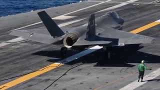 getlinkyoutube.com-F-35C Completes First Arrested Landing aboard Aircraft Carrier #3