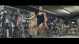 getlinkyoutube.com-Mr Eazi ft Lil Kesh - Sample You Remix  Video