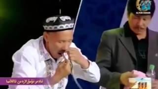 getlinkyoutube.com-Койил колмай илож йук Офарин,Уйгур фокусчи,фокус,узбек прикол 2016,