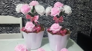 getlinkyoutube.com-Aula 29 - Como fazer arranjos com flores de papel crepom (Artesanato)