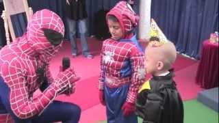 getlinkyoutube.com-Cars con Spiderman más show de Toy Story en la Magia de un Deseo