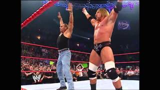 getlinkyoutube.com-DX REUNITED AT 2006 WWE RAW HHH & HBK REUNION