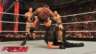 getlinkyoutube.com-John Cena, Daniel Bryan & Randy Orton vs. The Shield: Raw, August 5, 2013
