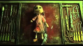 getlinkyoutube.com-Intro Coraline y la puerta Secreta
